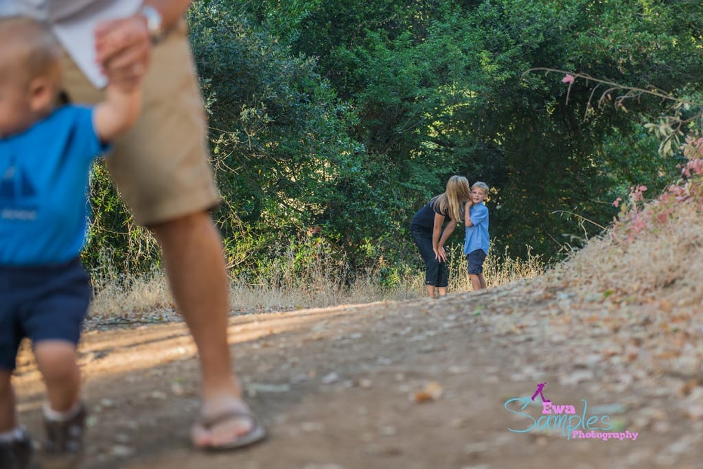 how-to-rock-family-portrait-photo-session-almaden-quicksilver-park-ewa-samples